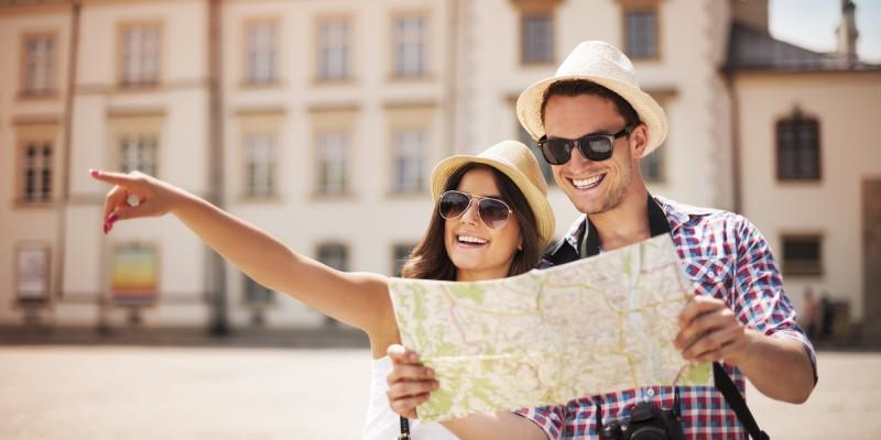 Ahorrar para viajar - pareja