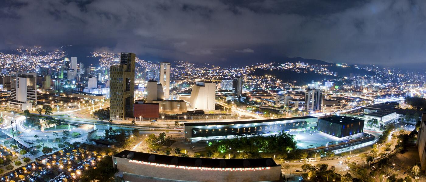 Rentar un carro en Medellín