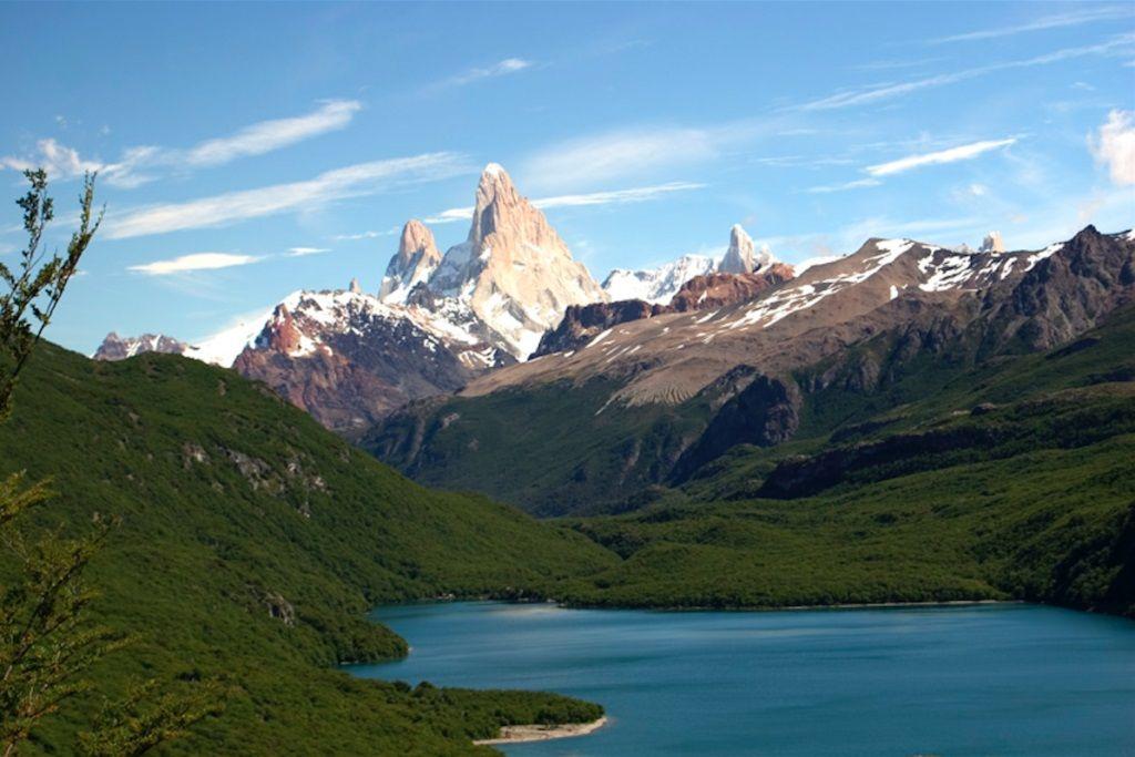 Tour por La Patagonia Argentina - Laguna del Desierto