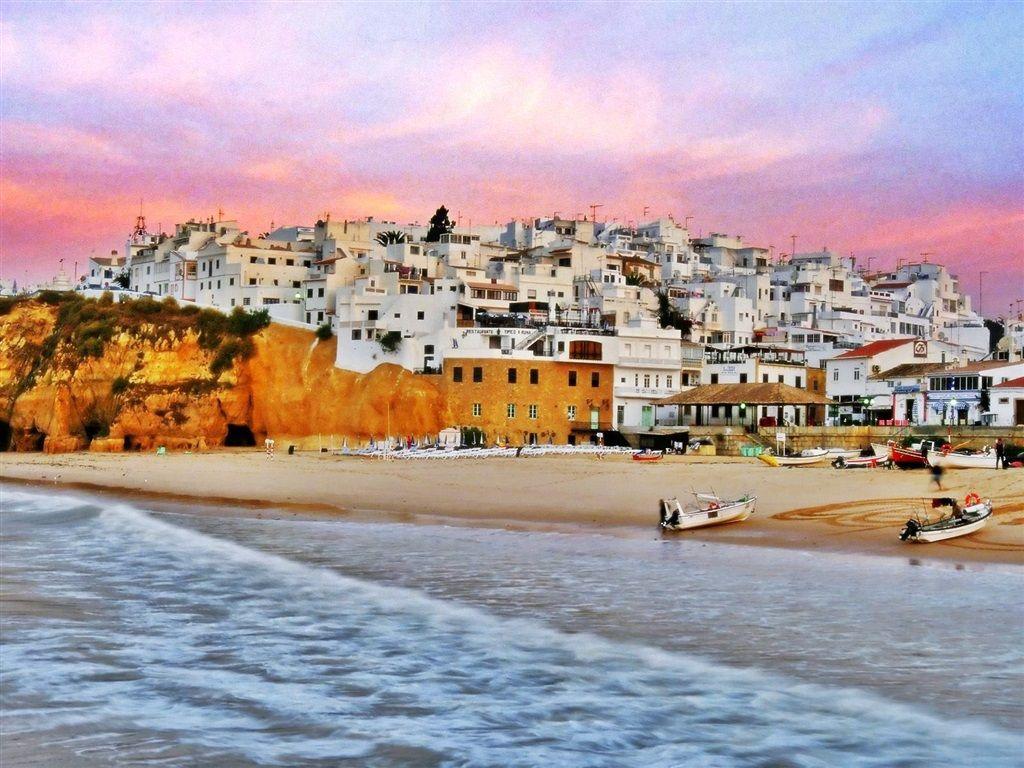 Destinos internacionales más baratos para viajar - alquiler de carros en Portugal
