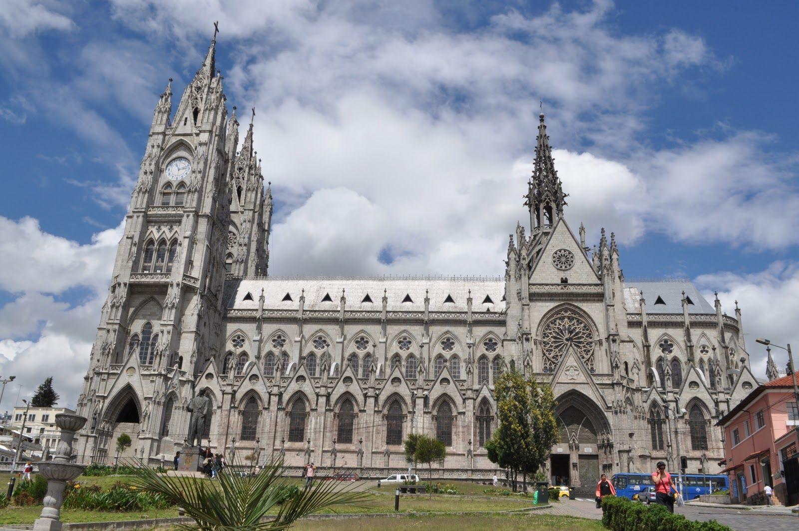 ¿Qué hacer en Quito? - Basílica del Voto Nacional