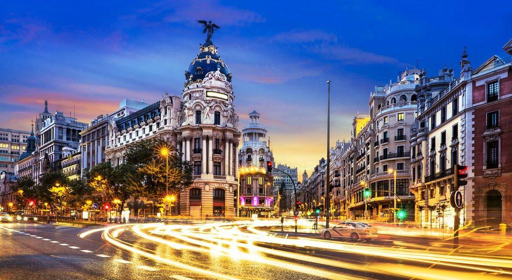 Destinos internacionales baratos para viajar cada mes - alquiler de carros en Madrid