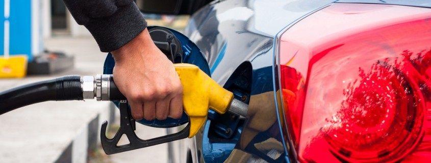 Alquilar-Carro- Gasolina