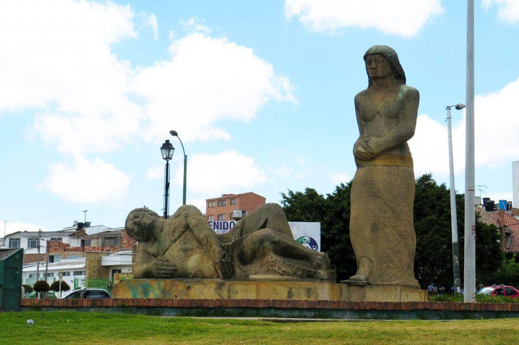 Qué hacer en Tunja - Monumento a la Raza