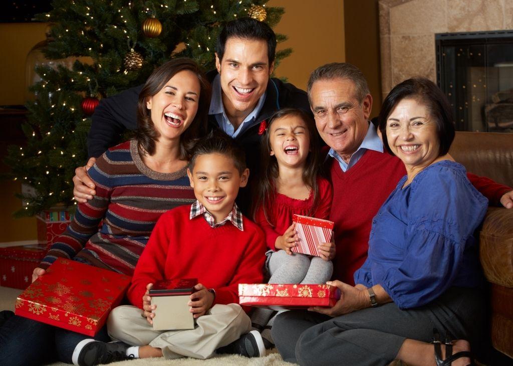 Colombia para fin de año - Familia en Navidad