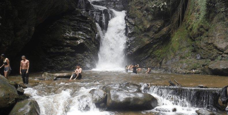 Cascadas-en-Santander---Cascada-Las-Golondrinas
