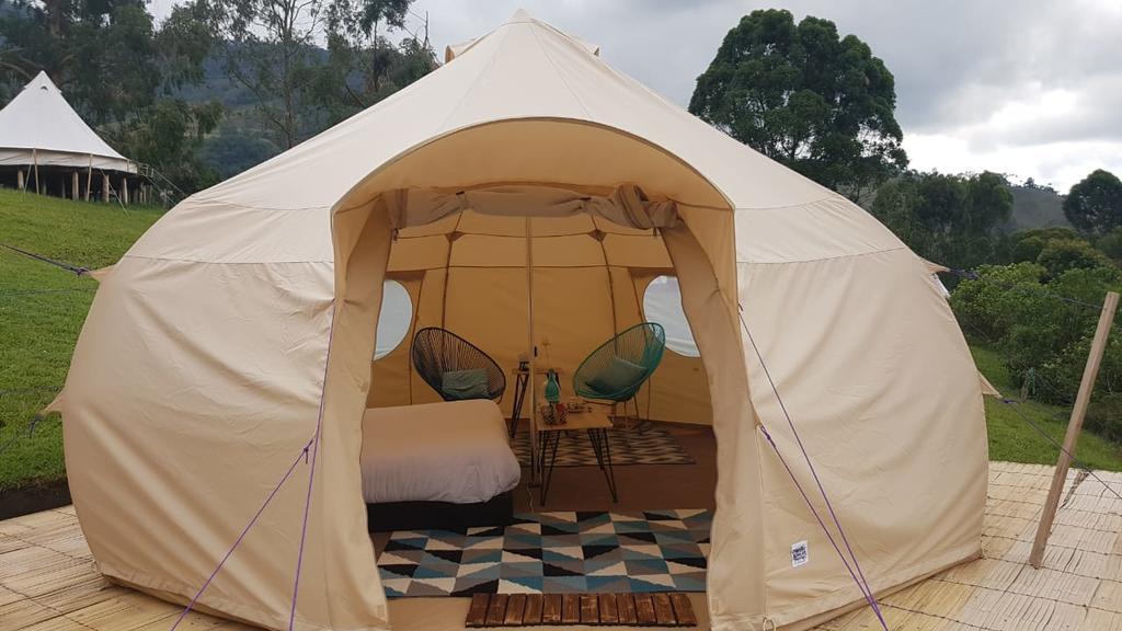Pasar la noche en Colombia - Lumbre Glamorous Camping, Salento