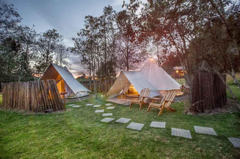 Pasar la noche en Colombia - Niddo – Suesca, Cundinamarca