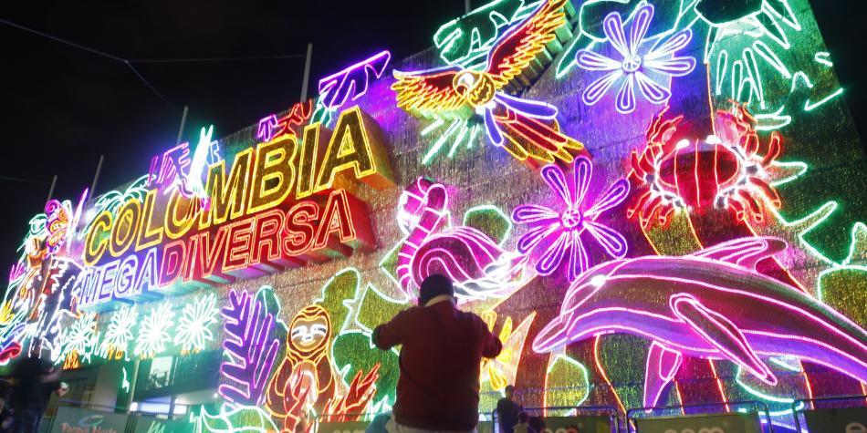 Medellín en navidad - Avenida La Playa