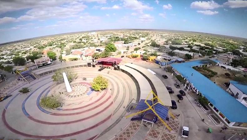 Viajar por La Guajira en carro - Uribia