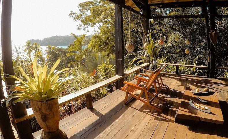yoga en Bahía Solano - Carros de alquiler
